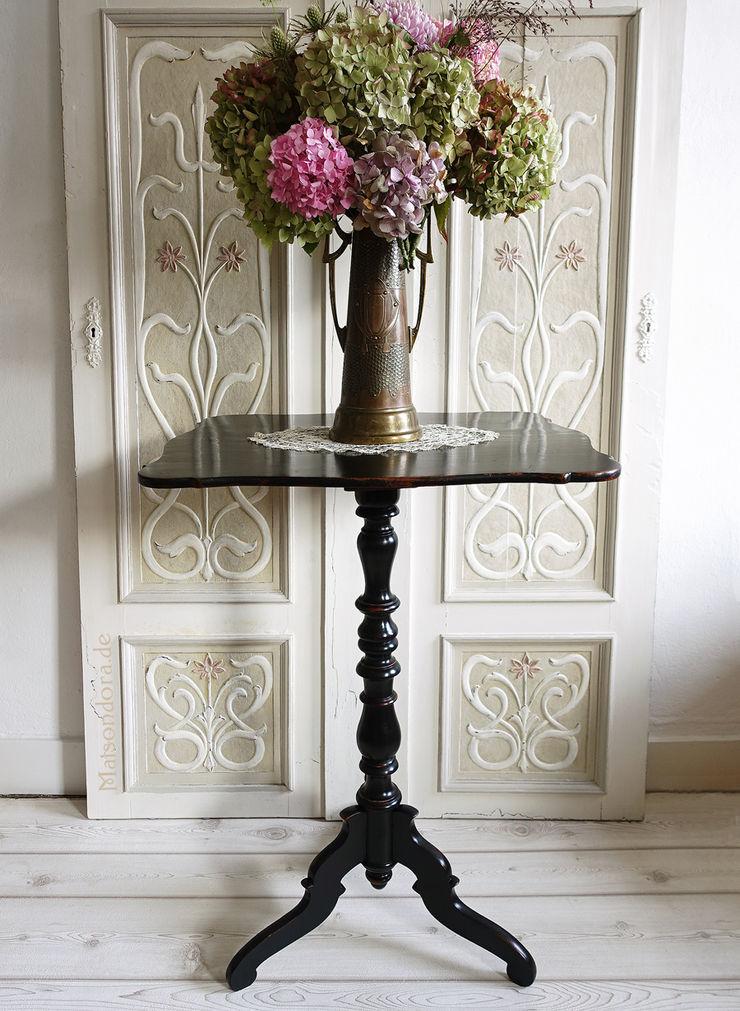 Maisondora Vintage Living Living roomSide tables & trays Wood Black