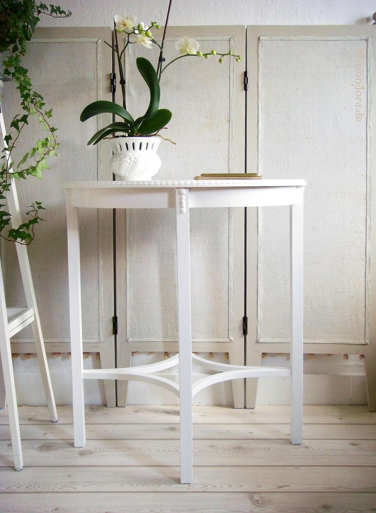 Maisondora Vintage Living Dining roomTables Wood White