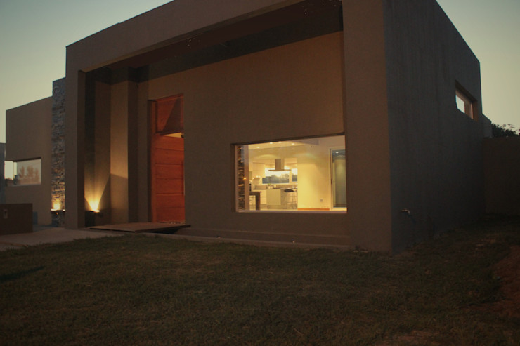 JORGELINA ALVAREZ I arquitecta I Casas de estilo minimalista