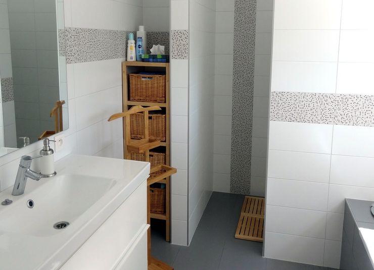 Maison basse énergie à Wavre Bureau d'Architectes Desmedt Purnelle Salle de bain moderne
