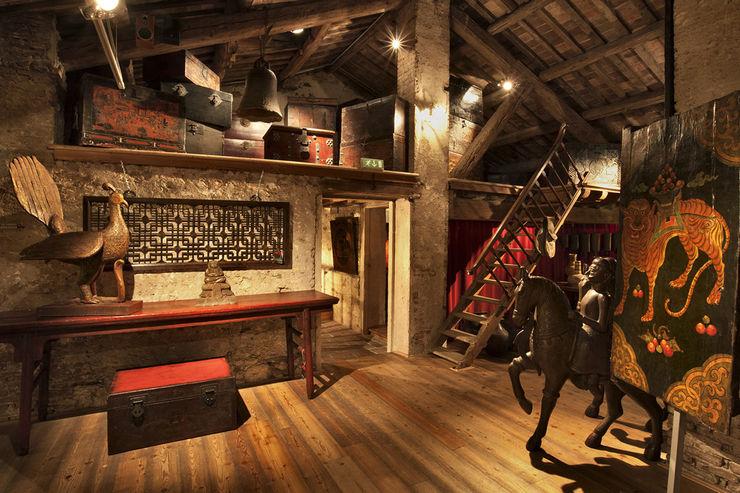 Soppalco dei bauli Thais s.r.l Soggiorno in stile asiatico Legno Variopinto