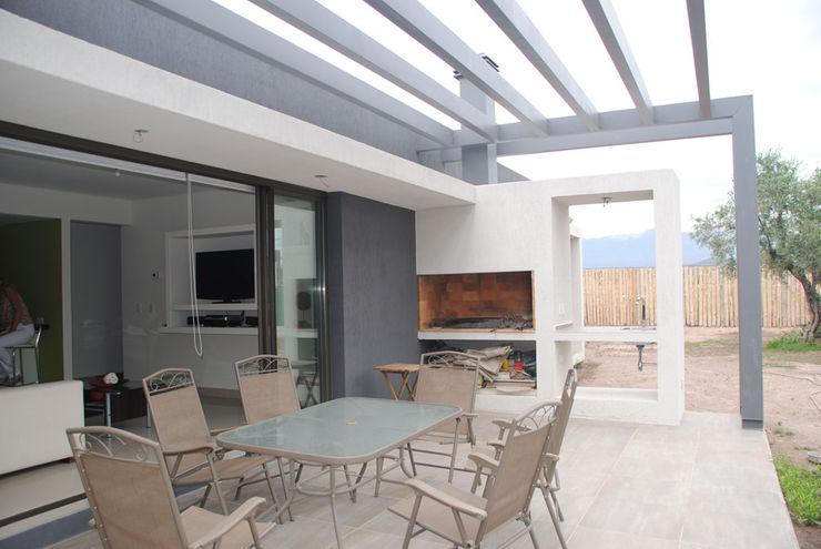 Casa Boedo Bonomo&Crespo Arquitectura Jardines eclécticos
