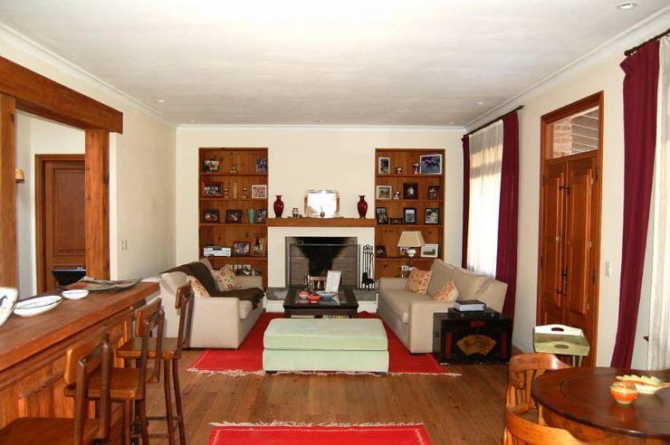 Casa Dodero Aulet & Yaregui Arquitectos Livings modernos: Ideas, imágenes y decoración