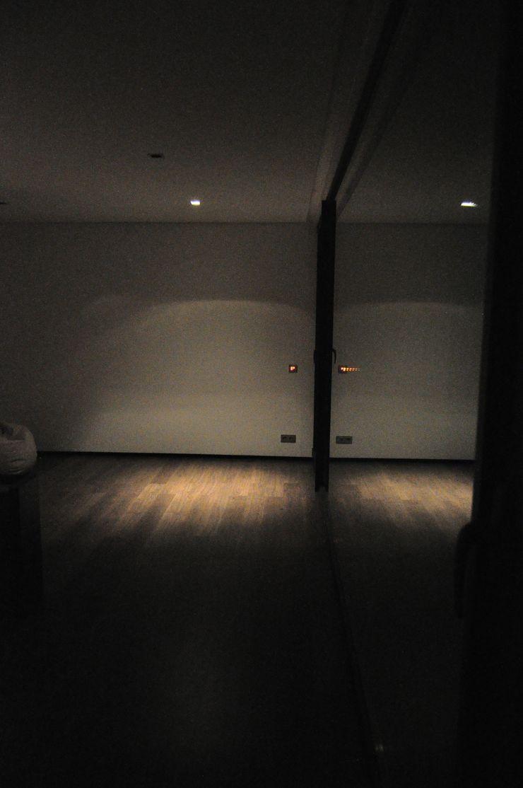 Escala Absoluta Minimalistische Schlafzimmer