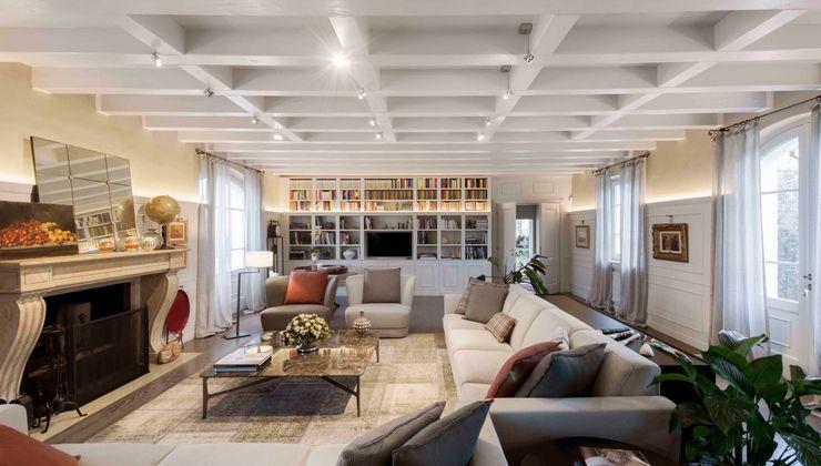 Interior Design e Progettazione   Villa I Gelsi Studio Maggiore Architettura Soggiorno classico