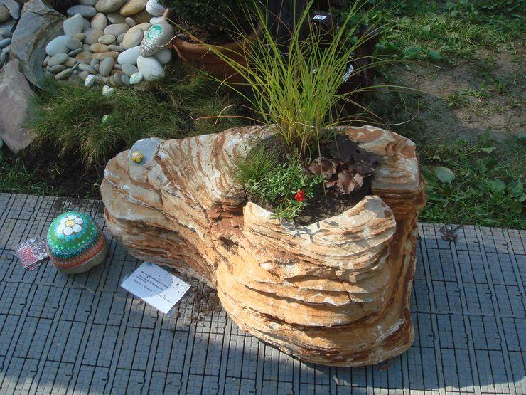 MM NATURSTEIN GMBH Classic style garden Stone