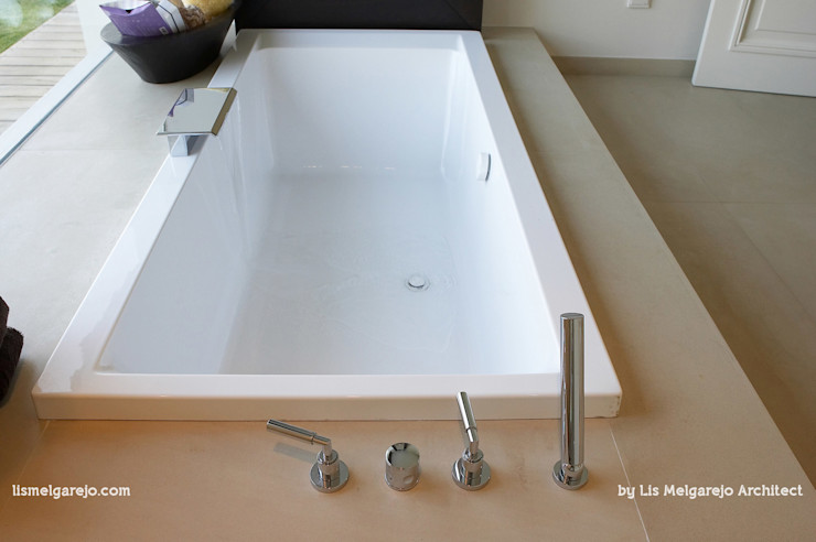 Lis Melgarejo Arquitectura Ванная комната в стиле модерн