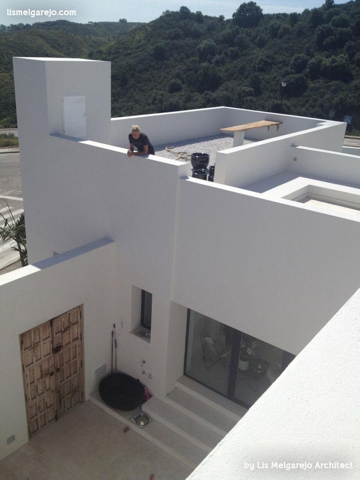 Lis Melgarejo Arquitectura Modern balcony, veranda & terrace