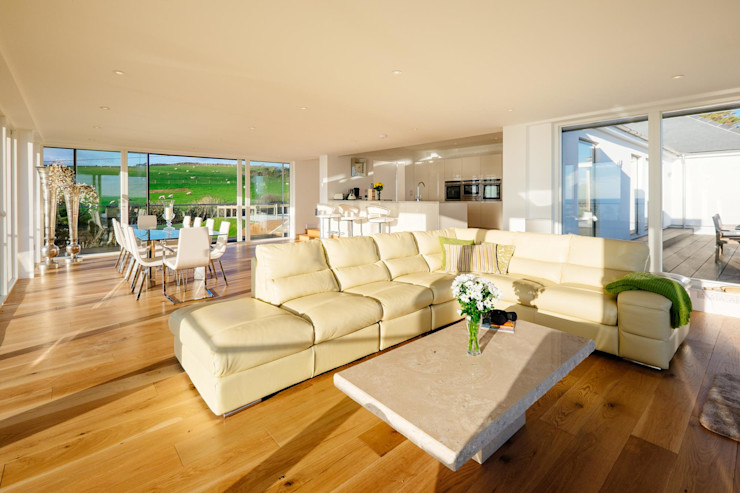 Communal seating area Perfect Stays Modern living room