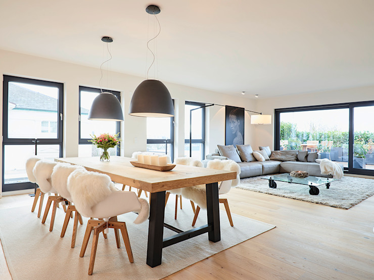 Penthouse HONEYandSPICE innenarchitektur + design Moderne Esszimmer