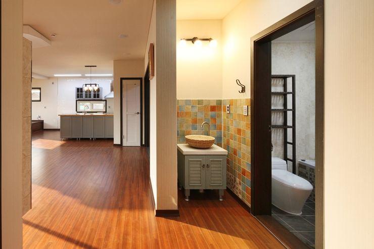 윤성하우징 Modern Bathroom