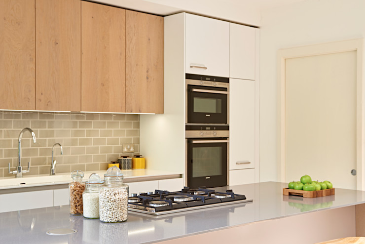Schuller Kitchen & island Holloways of Ludlow Bespoke Kitchens & Cabinetry Modern kitchen Wood White