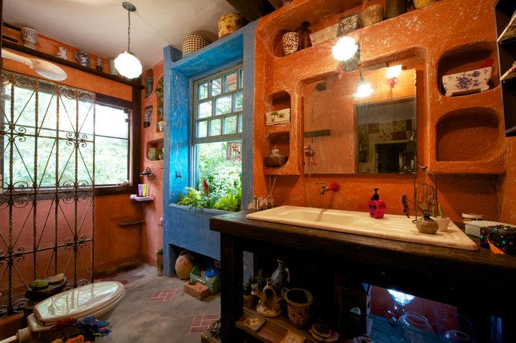 Régua Arquitetura Rustic style bathrooms