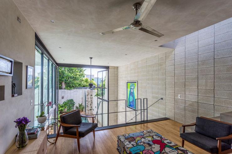 Taller Estilo Arquitectura Ruang Studi/Kantor Gaya Eklektik Bambu