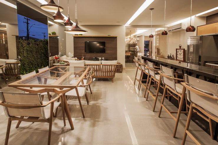 Projeto Heloisa Titan Arquitetura Modern kitchen