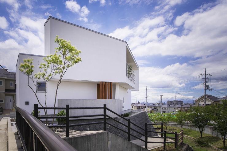 プラスアトリエ一級建築士事務所 Maisons modernes