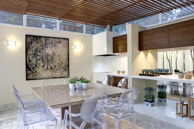 Espaço Gourmet - Ville Bosquée Michelle Machado Arquitetura Salas de jantar modernas Madeira Branco