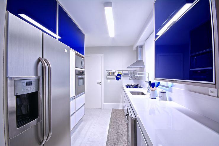 Veridiana França Arquitetura de Interiores Modern style kitchen