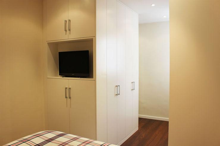 Obra de Eva Modern style bedroom