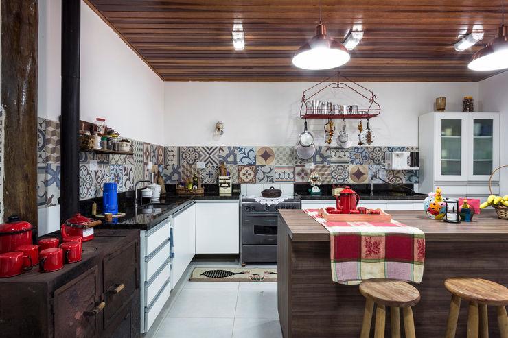 Elisabeth Berlato Arquitetura, Interiores e Paisagismo CocinaEncimeras Azulejos Multicolor