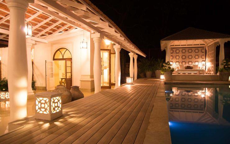 Villa Branco Studio MoMo Modern balcony, veranda & terrace