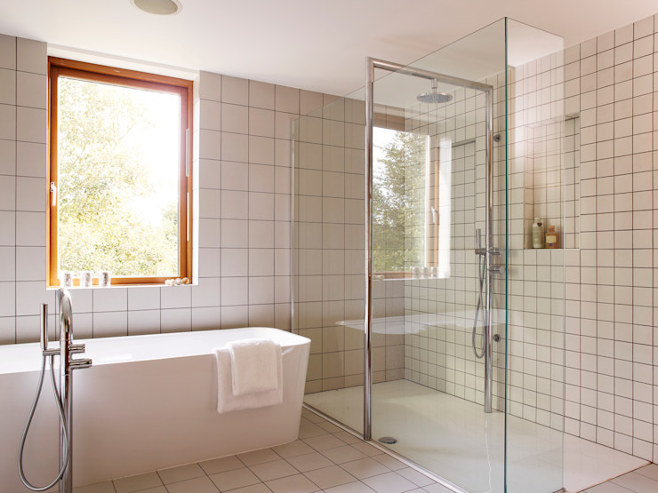 Twin shower Holloways of Ludlow Bespoke Kitchens & Cabinetry BathroomBathtubs & showers Ceramic White