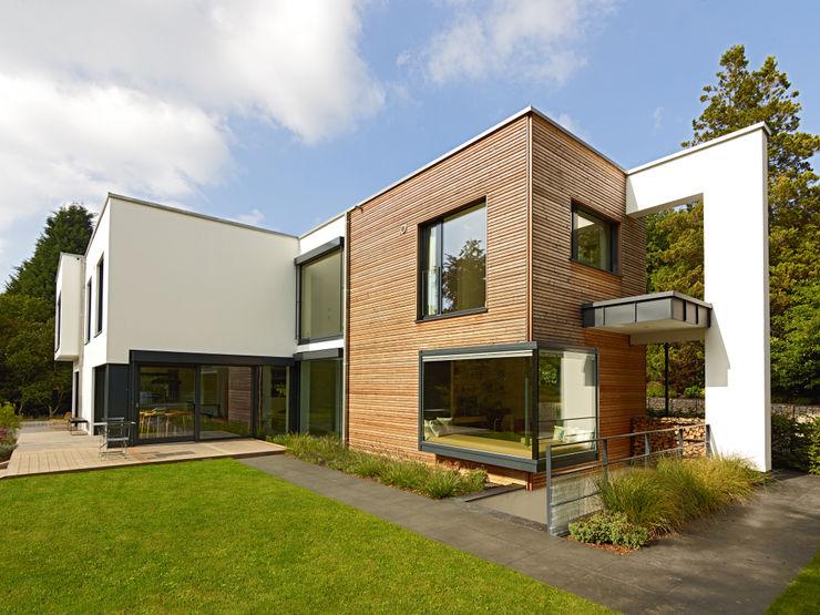 Exteriors Baufritz (UK) Ltd. Дома в стиле модерн