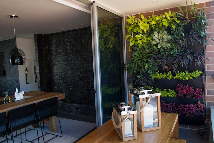 Maria Mentira Studio Modern Terrace Wood Wood effect