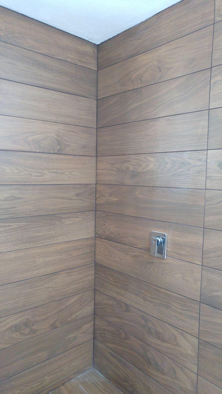 Hogar y Cerámica S.A. de C.V. Modern bathroom Ceramic Wood effect
