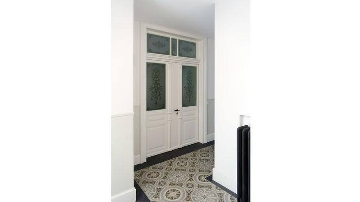 Fastarch Architekturbüro eth/sia Classic style corridor, hallway and stairs