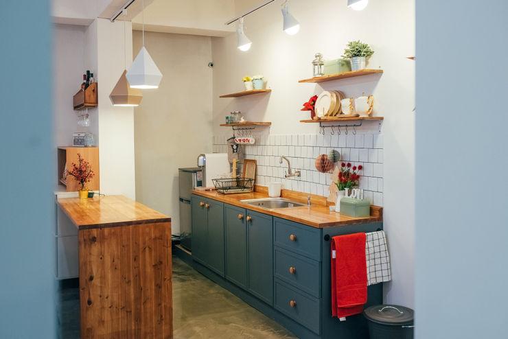바라다봄 스튜디오 Scandinavian style kitchen