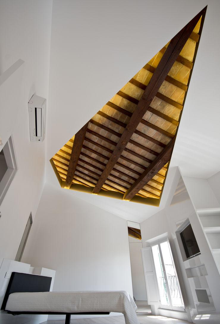 Cumo Mori Roversi Architetti Habitaciones de estilo minimalista