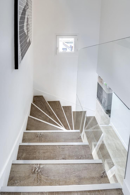 Stairs. Shoootin Walls & flooringWall tattoos