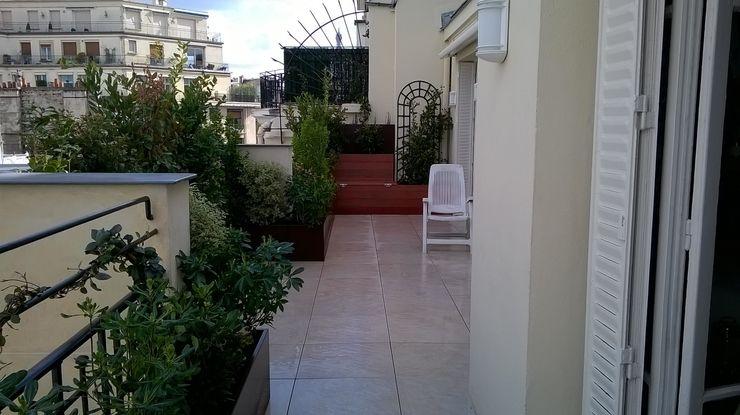 Scènes d'extérieur Modern style balcony, porch & terrace