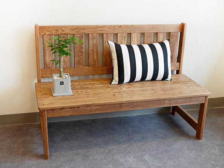 나무모아 客廳沙發與扶手椅