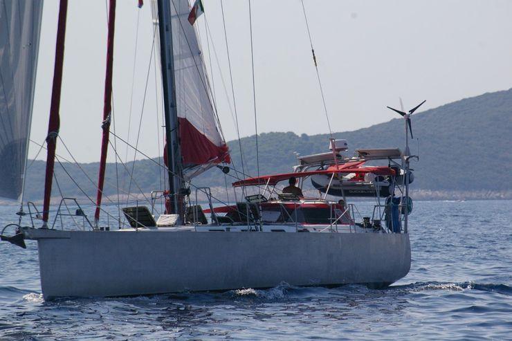 Zerbinati Yacht Design and Survey Modern yachts & jets