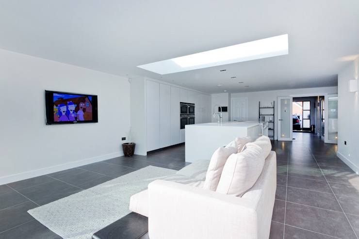 Private residential house – Elstree New Images Architects مطبخ