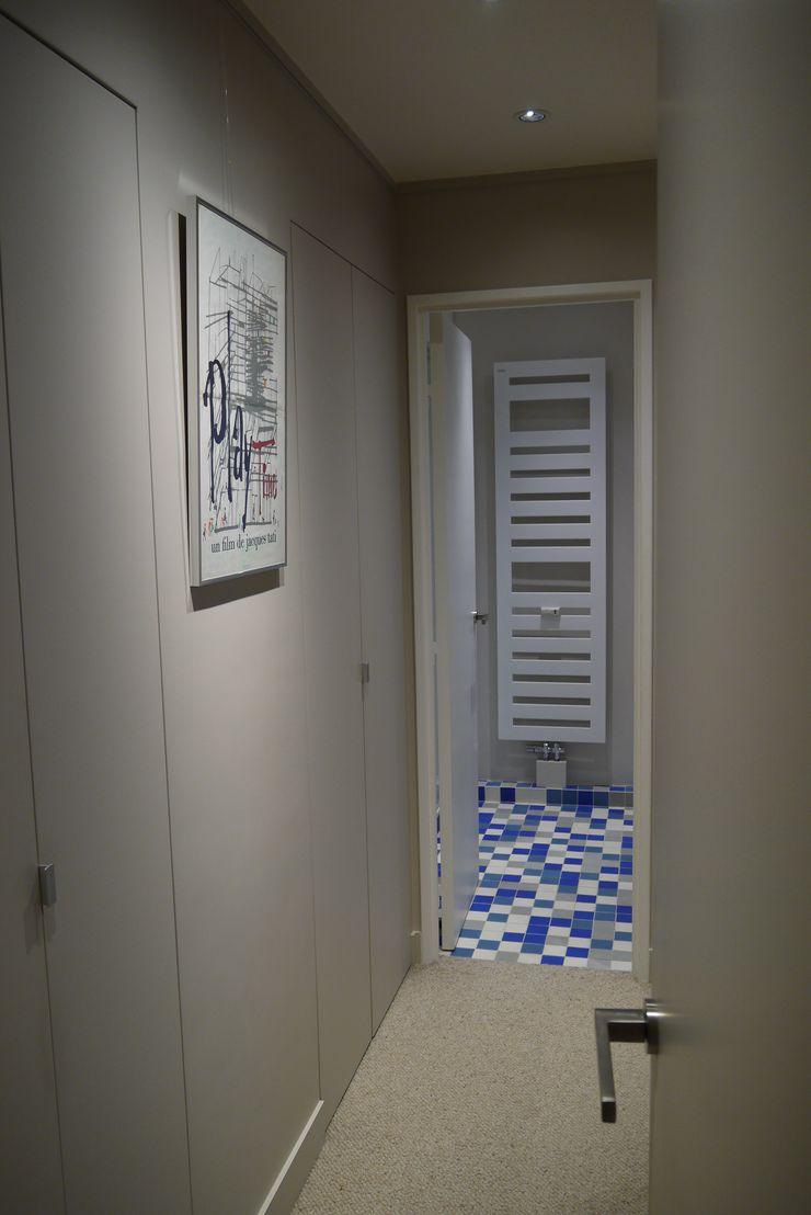 Hollywood – Paris11e Agence Laurent Cayron Couloir, entrée, escaliers originaux
