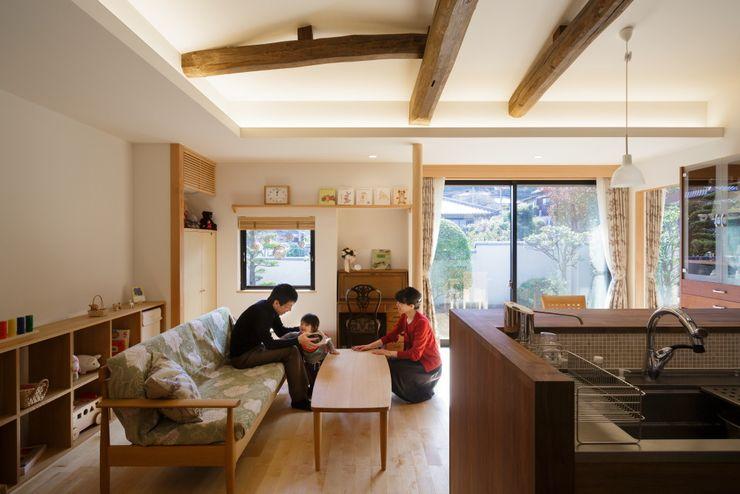 一宮の離れ家 FOMES design オリジナルデザインの リビング
