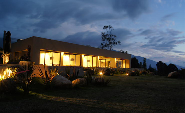 AMR ARQUITECTOS Casas modernas