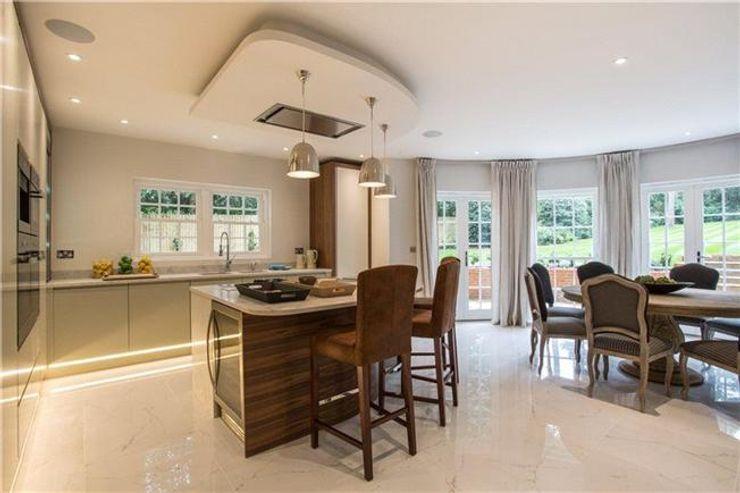 Kitchen Interior Design Quirke McNamara Dapur Klasik Brown
