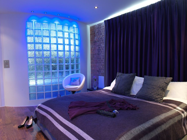 Mews House Islington with roof terrace Quirke McNamara Industrial style bedroom Purple/Violet