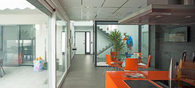 Mascagni arquitectos Modern kitchen