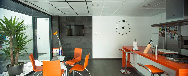 Casa AI Mascagni arquitectos Cocinas de estilo moderno