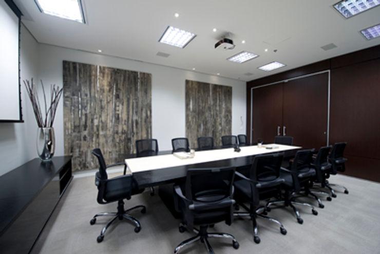 Projeto Ofice Plaza Iguatemi SP RUTE STEDILE INTERIORES Modern offices & stores