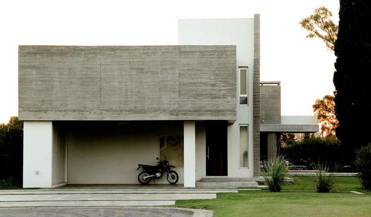Estudio Cavadini Casas de estilo clásico
