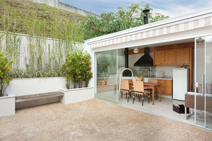 Silvana Lara Nogueira Balcones y terrazas modernos