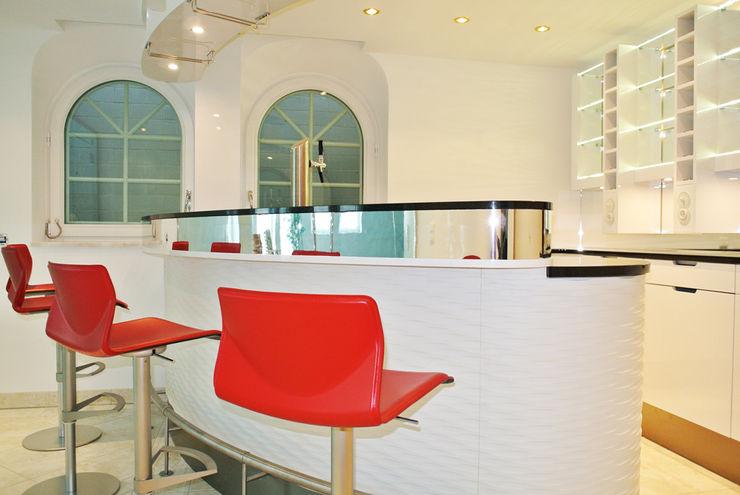 Poolbar Planungsbüro für Innenarchitektur Moderne Pools