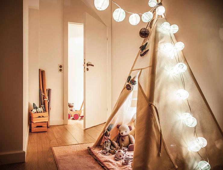 Dom na Gajewskich ŻANETA STRAŻYNSKA architektura wnętrz Eklektyczny pokój dziecięcy