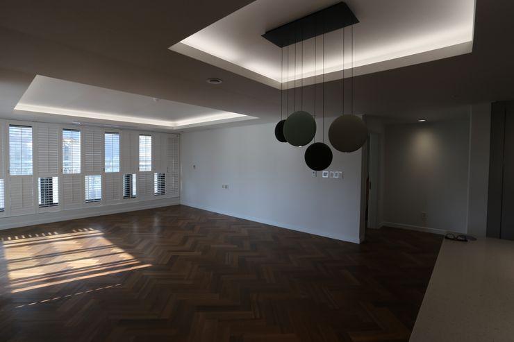디자인세븐 Ruang Keluarga Modern